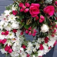 Mixed Pinks Wreath